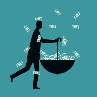 Гроші повертаються. Перекази від трудових мігрантів відновилися між двома хвилями локдаунів /Фото Getty Images