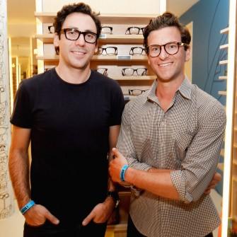 Обійти окуліста. Як Warby Parker навчилися продавати онлайн окуляри на $400 млн /Фото Getty Images