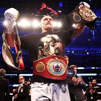 Пришел, увидел, заработал. Сколько денег боксер Усик получит за победу в чемпионском поединке /Фото Getty Images