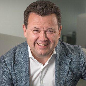 Бізнес на довірі. Як Олег Калашніков зростив найбільшу мережу приватних клінік України /Фото Олександр Чекменьов