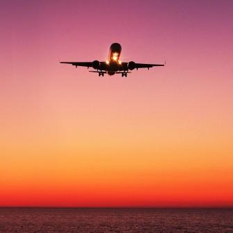 Зеленский обещает создать национальную авиакомпанию до конца года. Зачем она и во сколько обойдется Украине