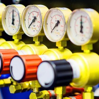 «Нафтогаз» просит у правительства 44,5 млрд грн на закупку газа. Почему у компании закончились деньги перед отопительным сезоном /Фото Getty Images