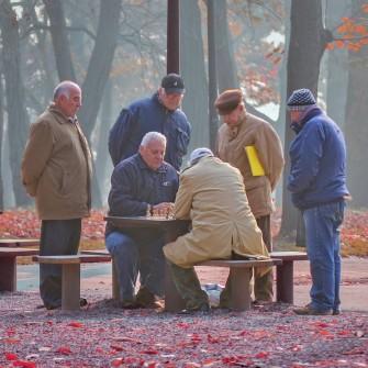 Солідарна пенсійна система померла. Як Україні подолати прокляття країни пенсіонерів /Фото Shutterstock