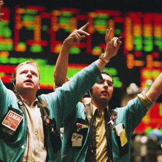 Фондовый рынок на пике роста и волатильности. Какие инструменты помогут инвестору заработать /Фото Getty Images