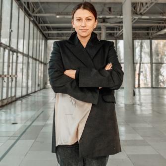 Олена Гудкова побудувала проєкт «Кураж», який змінив фестивальну та благодійну сферу. Він іде на паузу. Які уроки винесла Гудкова і що буде далі