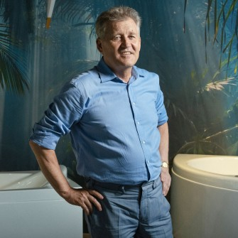 Александр Марченко производил инновационные ванны для президентов и шейхов, но война разрушила почти все. Как он собирается переизобрести свой бизнес /Фото Александр Чекменев