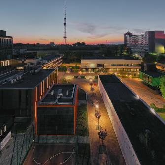 Від каршерингу до центру 5G. Головні інноваційні проєкти UNIT.city прямо зараз