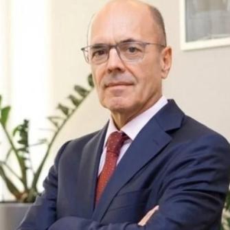 Наглядова рада Привату призначила нового керівника банку. Хто такий Герхард Бьош?