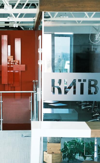 Як схрестити офлайн і онлайн офіси. Кейс від Vodafone Україна