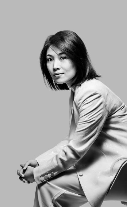 Кейт Вонг за три года стала одной из самых богатых женщин мира. Она заработала миллиарды на электронных сигаретах /Фото Stefen Chow for Forbes