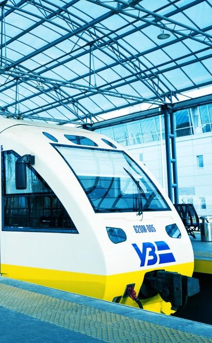 «Укрзалізниця» заплатить Deutsche Bahn €1 млн. Як німецька компанія допоможе налагодити пасажирські перевезення в Україні /Фото Shutterstock